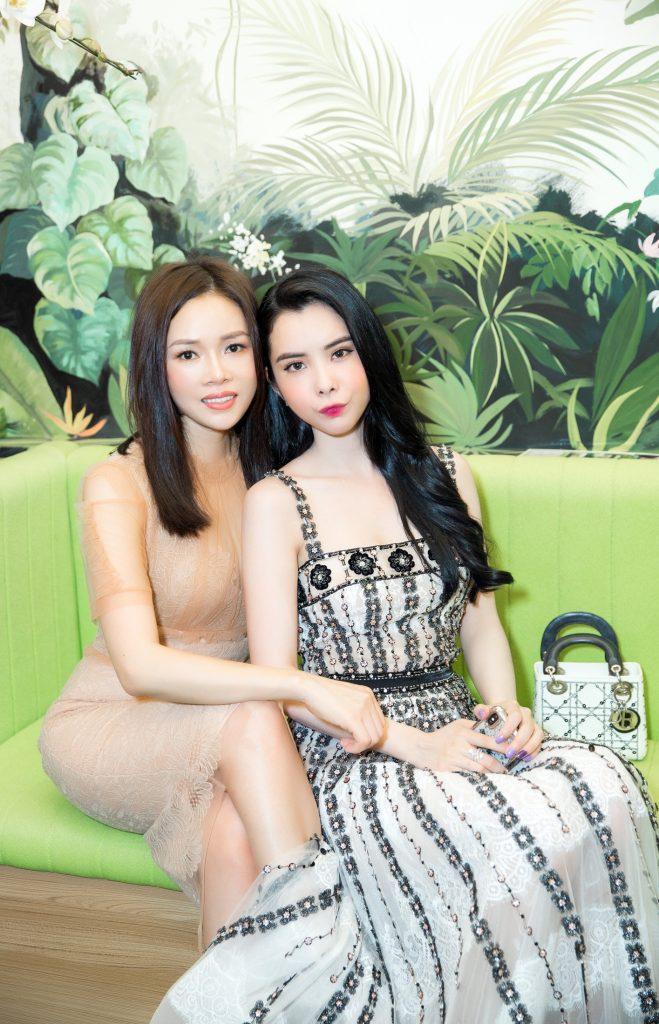 CEO Sarah Tú thân thiết bên cạnh Á hậu Huỳnh Vy
